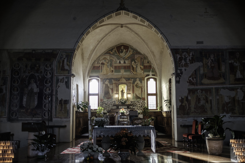 Altare maggiore e abside